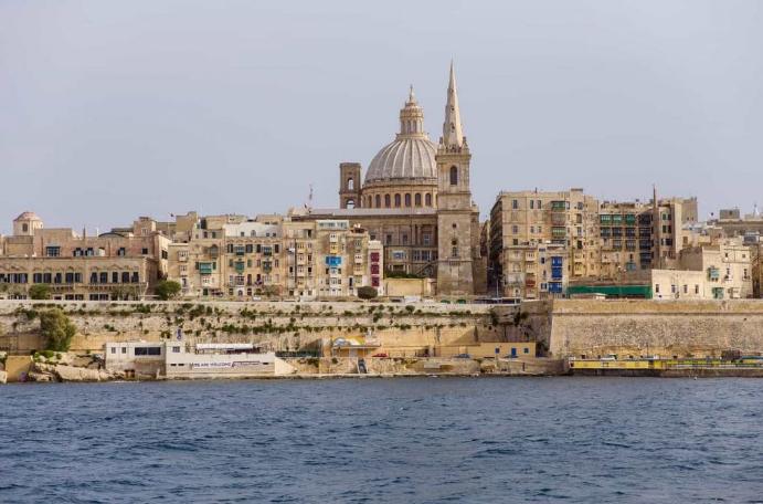 马耳他旅行转换器
